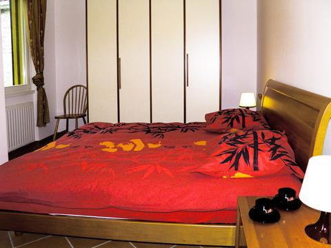 Bilder von Lago di Como Appartamento La_Baia_Cremia_41_Doppelbett