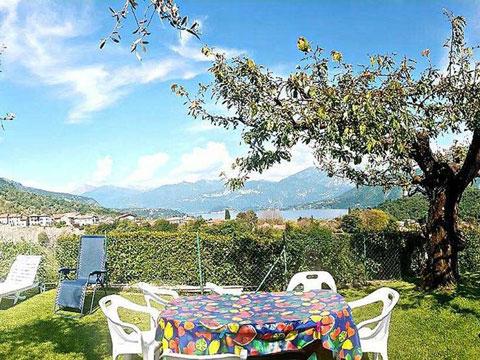 Bilder von Comer See Ferienwohnung Lara_Ossuccio_21_Garten