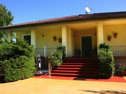 ferienhaus in mogliano adria italien. Black Bedroom Furniture Sets. Home Design Ideas