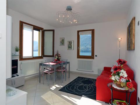 Bilder von Lago di Como Appartamento Lilli_Dervio_30_Wohnraum