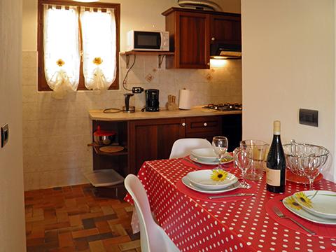 Bilder von Lake Como Apartment Lise_Peglio_31_Wohnraum