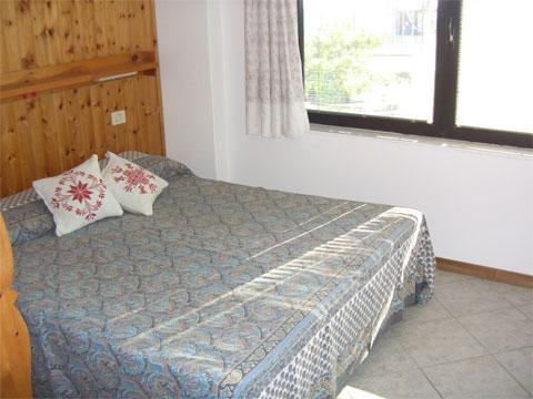 Bilder von Lake Como Apartment Livia_Vercana_40_Doppelbett-Schlafzimmer