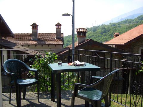 Bilder von Comer See Ferienhaus Loredana_Gravedona_20_Garten