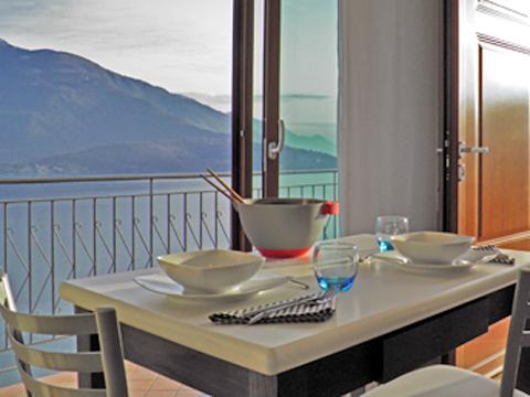 Bilder von Comer See Ferienwohnung Lori_Domaso_10_Balkon