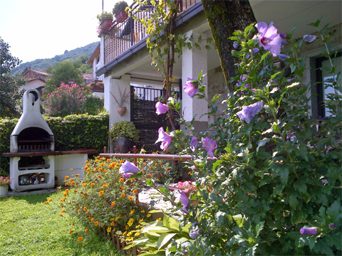Bilder von Comer See Ferienwohnung Marena_San_Siro_21_Garten
