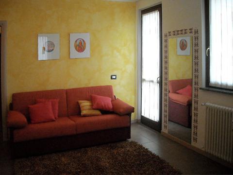 Bilder von Comer See Ferienwohnung Margherita_Gravedona_31_Wohnraum