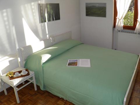 Bilder von Comer See Ferienwohnung Miky_Dervio_40_Doppelbett-Schlafzimmer
