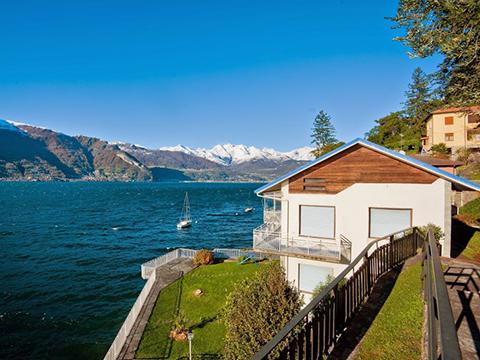 Bild von Ferienhaus am Wasser