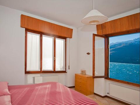 Bilder von Comer See Ferienwohnung Miky_Secondo_Dervio_41_Doppelbett