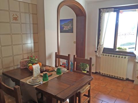 Bilder von Comer See Ferienwohnung Miralago_Menaggio_36_Kueche
