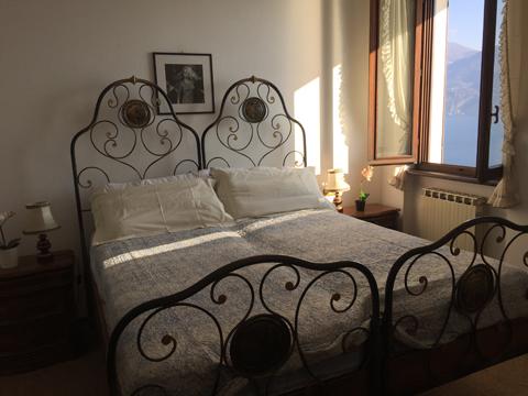 Miralago_Menaggio_40_Doppelbett-Schlafzimmer