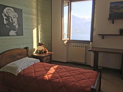 Bilder von Comer See Ferienwohnung Miralago_Menaggio_45_Schlafraum