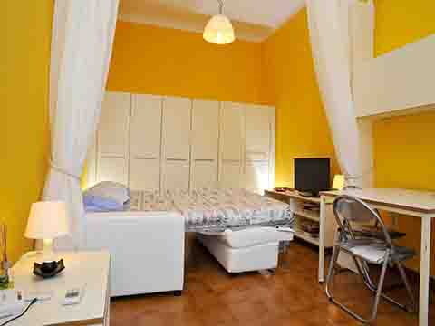 Bilder von Lake Como Apartment Monolocale_vista_lago_Bellagio_30_Wohnraum
