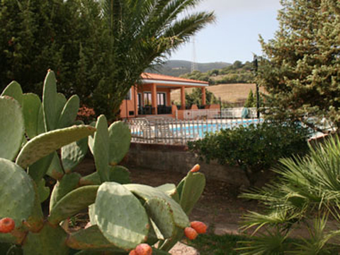 Bilder von Sardinië noordkust Residence Montiruju_Economy_II_Santa_Maria_Coghinas_20_Garten