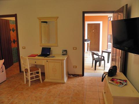 Bilder von Sardinien Nordküste Ferienanlage für Familien Montiruju_Santa_Maria_Coghina_30_Wohnraum