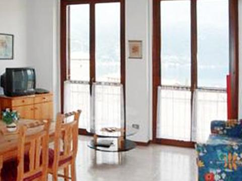Bilder von Lago Maggiore Appartamento Nina_569_Pino_30_Wohnraum