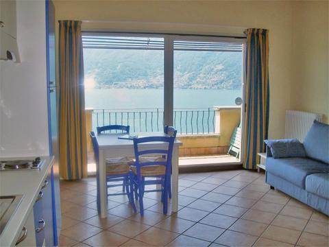 Bilder von Lake Como Residence Oasi_de_Celti_Mono_Dervio_41_Doppelbett