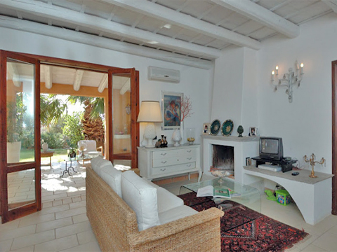 Bilder von Sicily North Coast Villa Oliva_34__30_Wohnraum