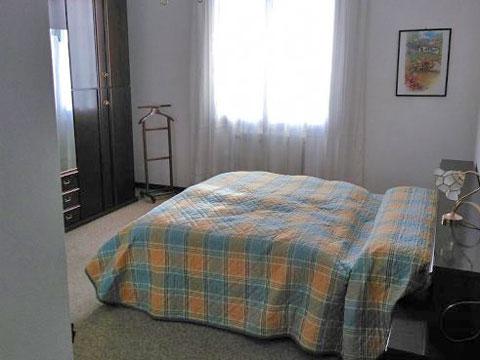 Bilder von Comer See Ferienhaus Ontano_Colico_41_Doppelbett