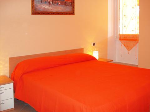 Bilder von Comer See Ferienwohnung Ortensia-Primo_Acquaseria_40_Doppelbett-Schlafzimmer