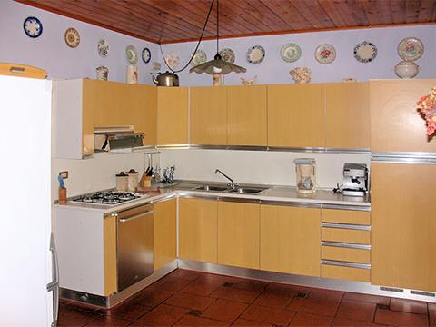 Bilder von Comer See Villa Palazzetta_Domaso_40_Doppelbett-Schlafzimmer