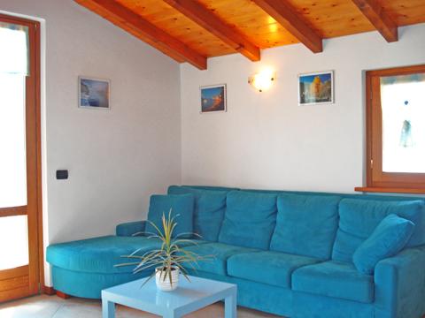 Bilder von Comer See Ferienwohnung Panorama_Vercana_30_Wohnraum