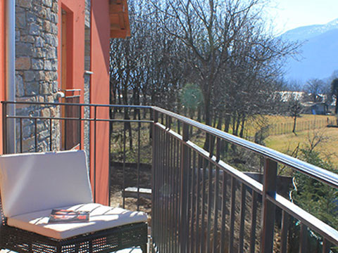 Bilder von Comer See Ferienresidenz Paradiso_Bregagno_Gravedona_10_Balkon