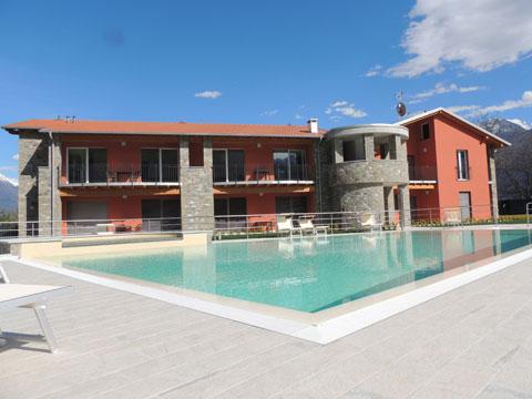 Bilder von Comer See Ferienanlage für Familien Paradiso_Legnone_Gravedona_15_Pool