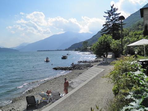 Bild von Ferienhaus am Seeufer