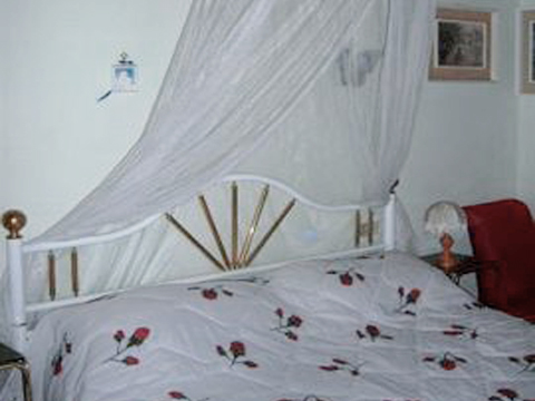 Bilder von Lago Maggiore Ferienwohnung Portici_576_Stresa_40_Doppelbett-Schlafzimmer