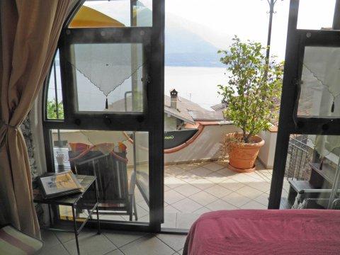 Bilder von Comer See Ferienwohnung Prosecco_Gravedona_31_Wohnraum