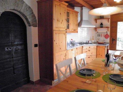 Bilder von Lake Como Apartment Ribolla_Gravedona_36_Kueche
