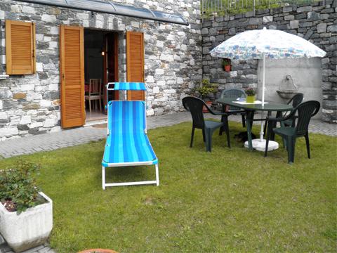 Bilder von Comer See Ferienwohnung Rosanna_Gera_Lario_20_Garten