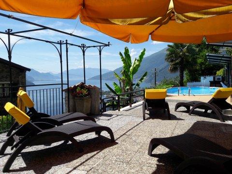 Bilder von Comer See Ferienhaus Rosato_Gravedona_65_Strand