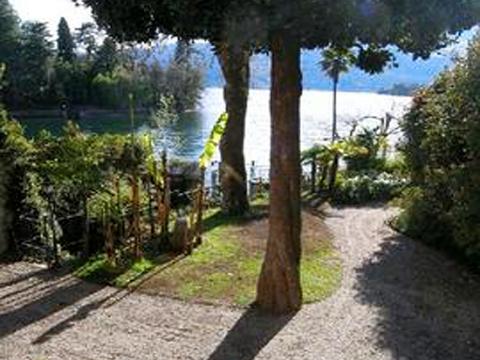 Bilder von Lago Maggiore  Rusconi_Trio_2265_Verbania_20_Garten