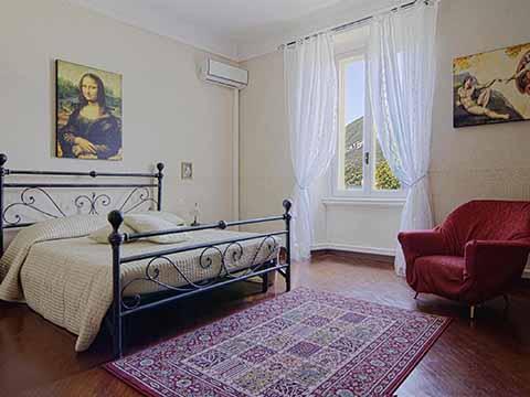 Bilder von Comer See Ferienwohnung Sogno_Bellagio_40_Doppelbett-Schlafzimmer