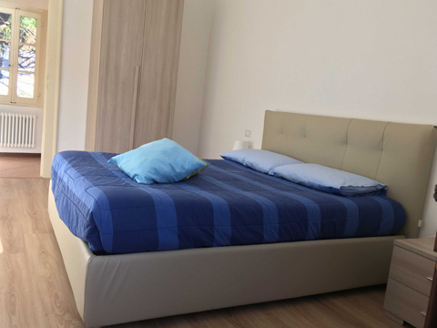 Bilder von Lake Como Apartment Sole_Tremezzo_40_Doppelbett-Schlafzimmer