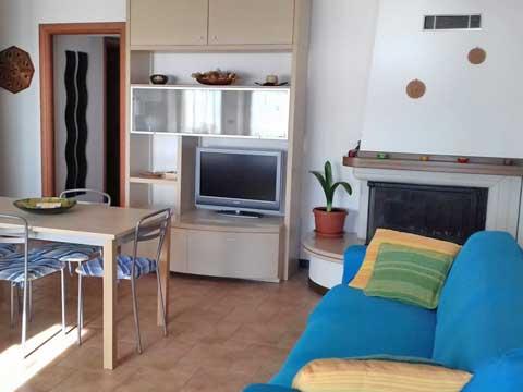 Bilder von Lake Como Apartment Susana_Gravedona_ed_Uniti_31_Wohnraum