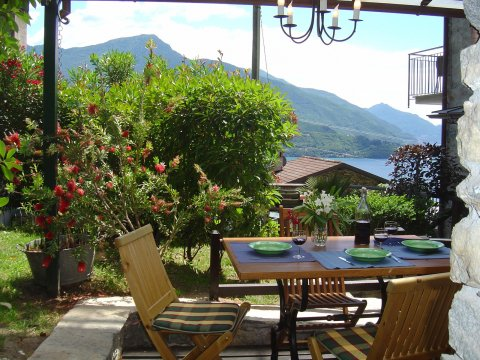 Bilder von Comer See Ferienwohnung Trebbiano_Gravedona_10_Balkon