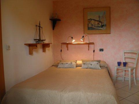 Bilder von Lago di Como Appartamento Trebbiano_Gravedona_41_Doppelbett