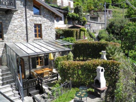 Bilder von Comer See Ferienwohnung Trebbiano_Gravedona_55_Haus