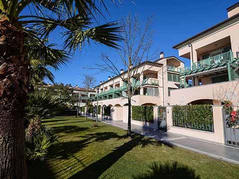 Bilder von Versiglia Appartement Trilocale_con_giardino_Forte_dei_Marmi_55_Haus