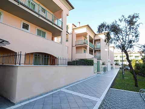 Bilder von Versiglia Appartamento Trilocale_con_giardino_Forte_dei_Marmi_60_Landschaft