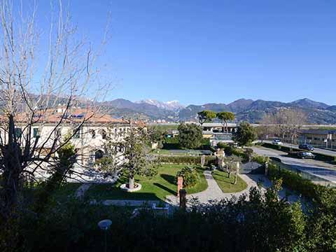 Bilder von Versilia Ferienwohnung Trilocale_terrazzo_Forte_dei_Marmi_25_Panorama