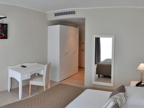 Bilder von Comer See Hotel Tullio_Gravedona_45_Schlafraum