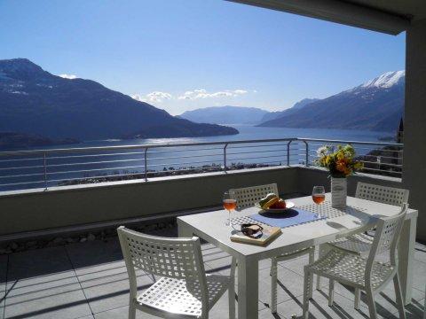 Bilder von Comer See Resort Valarin_Como_Vercana_11_Terrasse