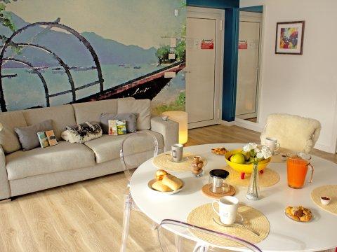 Bilder von Comer See Resort Valarin_Como_Vercana_31_Wohnraum