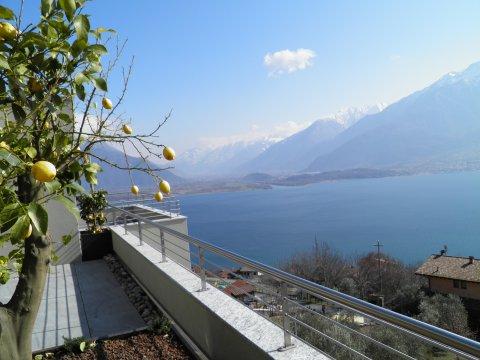 Bilder von Comer See Wellness Ferienwohnung Valarin_Napoli_Vercana_25_Panorama