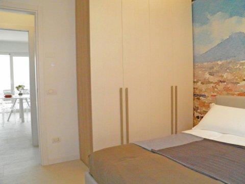Bilder von Comer See Wellness Ferienwohnung Valarin_Napoli_Vercana_41_Doppelbett