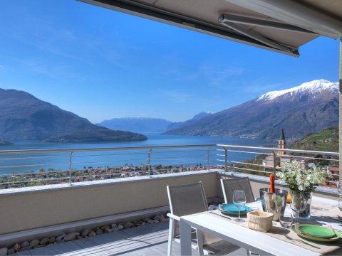 Bilder von Lake Como Wellness house Valarin_Venezia_Vercana_11_Terrasse